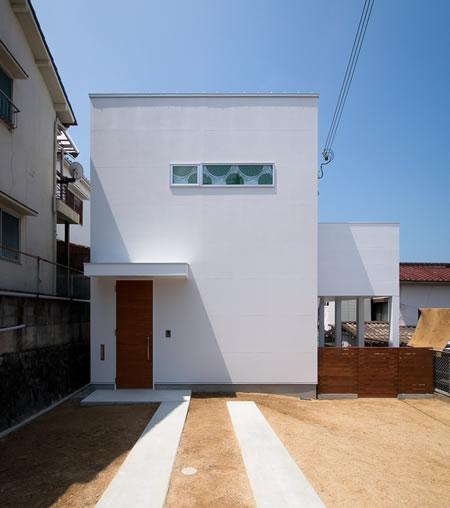 【A HOUSE】