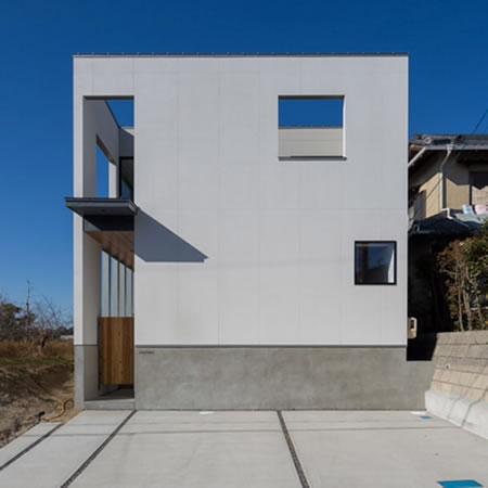 【O HOUSE】